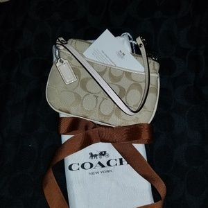 Coach wristlet. New never used.